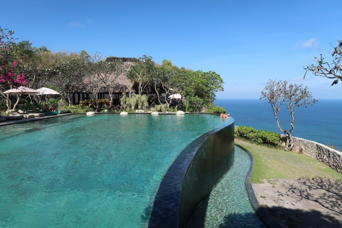 BULGARI BALI: POOL AREA