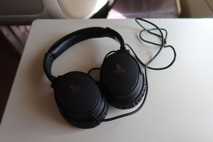 SINGAPORE AIRLINES A380: AMENITIES