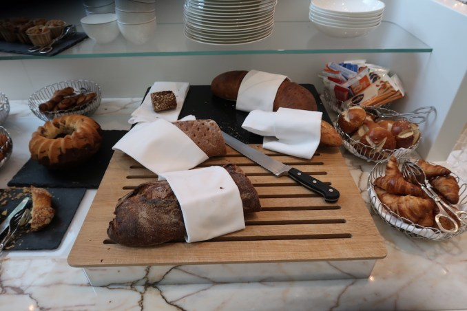 THE FONTENAY HAMBURG: BREAKFAST AT PARKVIEW