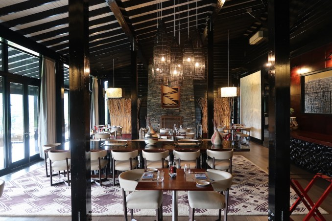 ONE&ONLY NYUNGWE HOUSE: MAIN PAVILION - DINING ROOM
