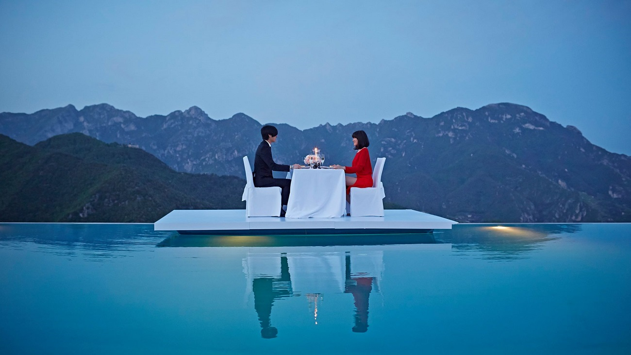 Top 10 most phenomenal luxury hotels for a honeymoon