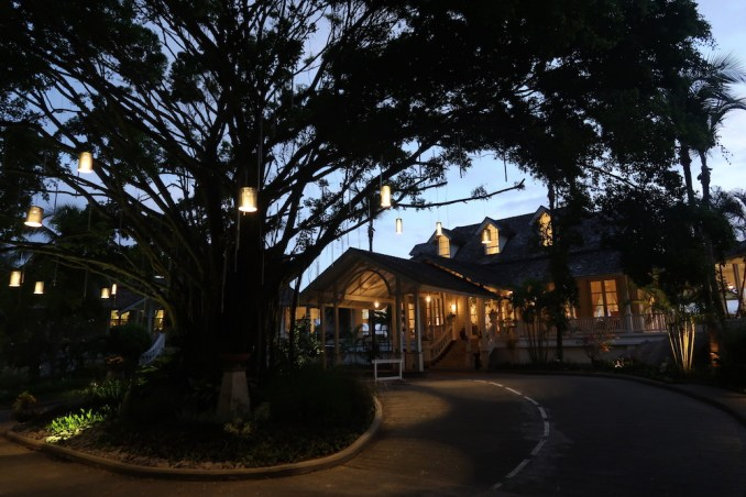 BANYAN TREE SEYCHELLES AT NIGHT