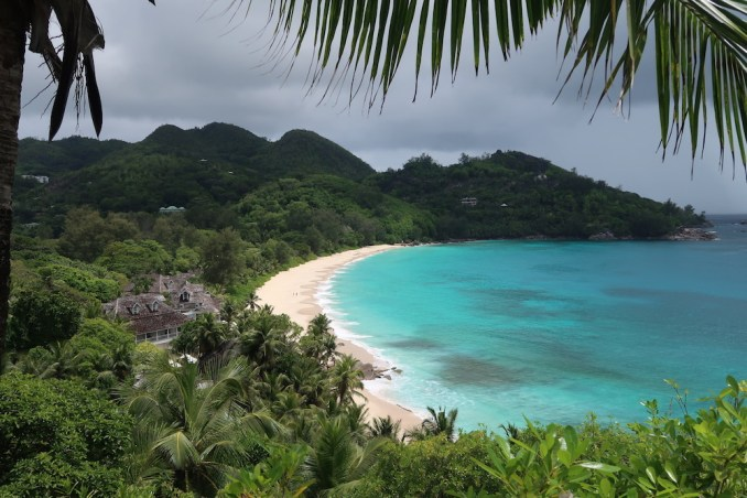 BANYAN TREE SEYCHELLES: VILLA - TERRACE (VIEW)