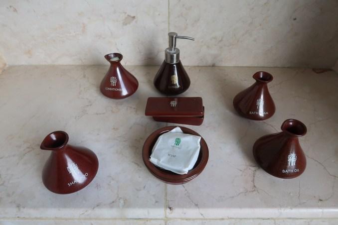 BANYAN TREE SEYCHELLES: VILLA - BATHROOM