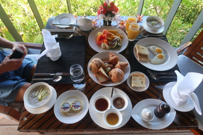 MAIA RESORT SEYCHELLES: IN-VILLA BREAKFAST
