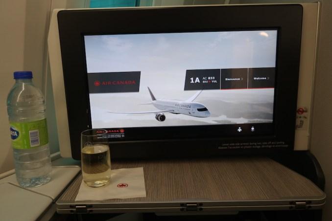 AIR CANADA B787 BUSINESS CLASS SEAT