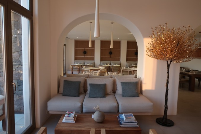 CANAVES OIA EPITOME: BAR