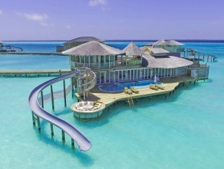 best luxury hotels resorts maldives