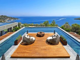 stay free luxury hotels resorts