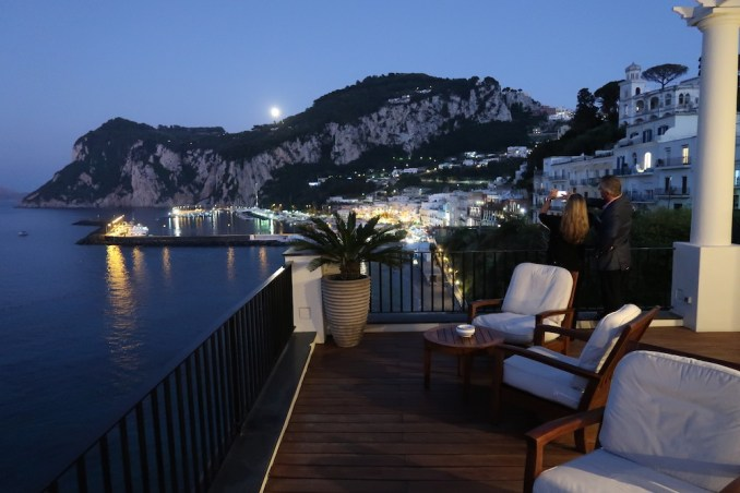 JK PLACE CAPRI AT NIGHT