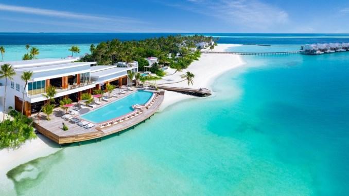 LUX* NORTH MALÉ ATOLL, MALDIVES
