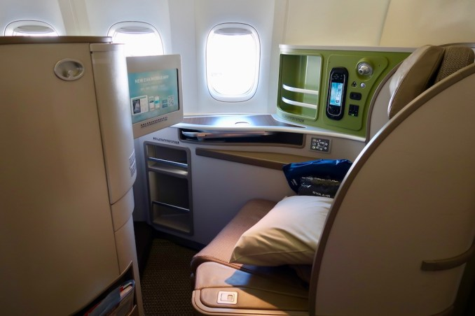 Review Eva Air Boeing 777 Business Class From Bangkok To London