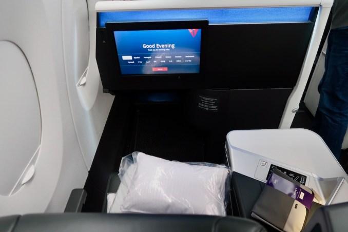 DELTA A350 BUSINESS CLASS SEAT