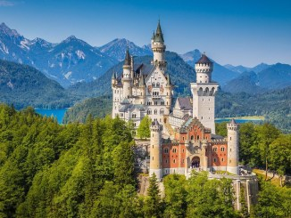 most beautiful castles palaces europe