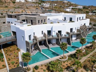 review aeonic suites spa mykonos