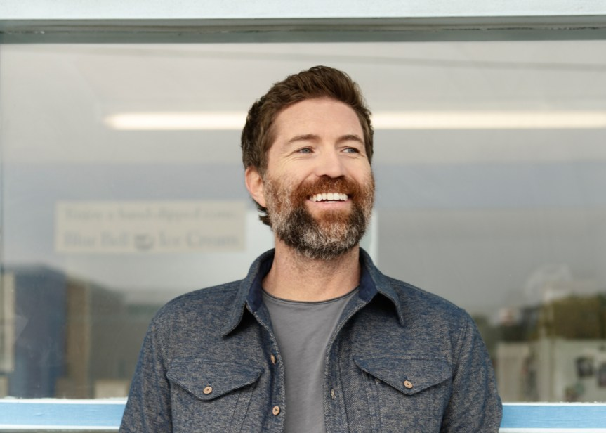 Josh Turner headlines Friday night at Lynchburg Music Fest