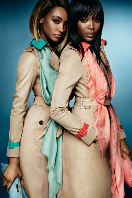 Burberry-Spring-Summer-2015-Campaign-7-Vogue-15Dec14-pr_b_426x639