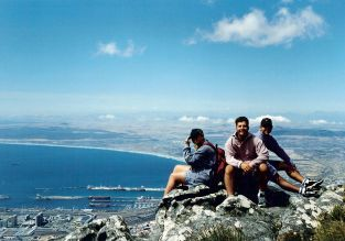 Top of Table Mountain with Dino & Nick (little knowing, at the time, that I would be married to Nick one day!)