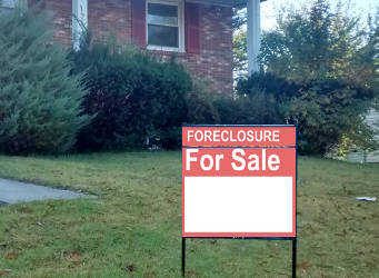 foreclosure-for-sale-sign