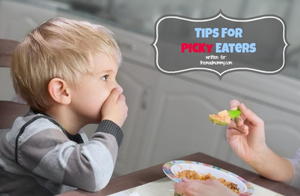 Having a hard time getting your kids to eat the right foods? It's a common problem! Here are some Tips for Picky Eaters!