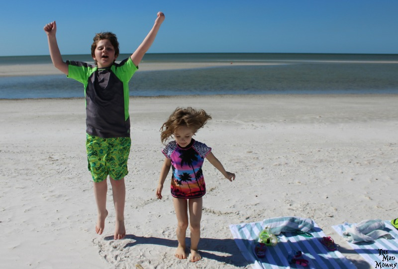The first time at the ocean in Fort Myers Beach, Florida! #MoreGo #Sponsored #SpiritAirlines
