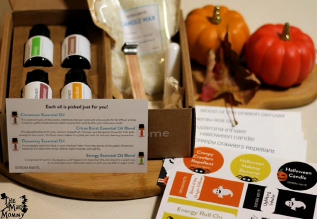 Unboxing the October Simply Earth Essential Oils Recipe Box.