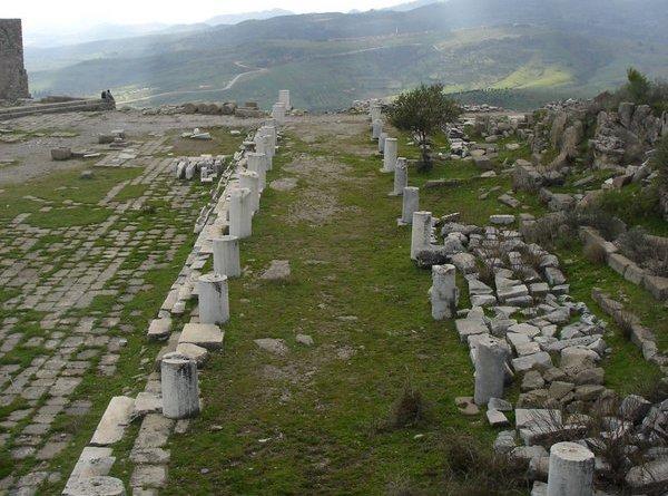 pergamon-ruins-turkey-1