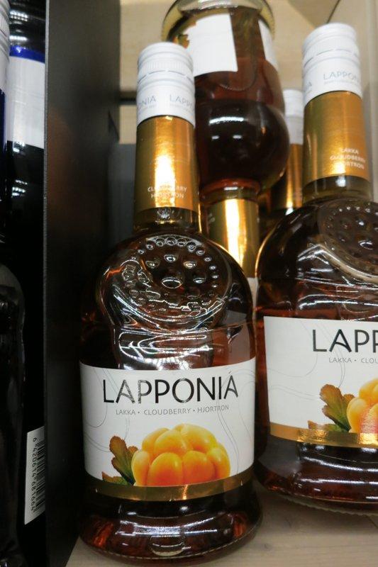 finnish-cloudberry-liqueur-019