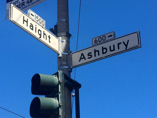 It has to be done... the ubiquitous Haight-Ashbury sign