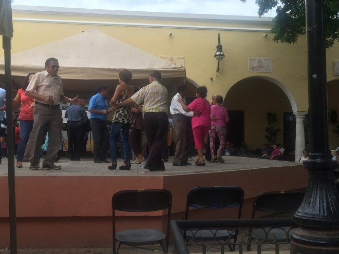 Sunday lunchtime and I came across some locals enjoying a bit of Salsa at a local square