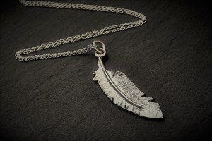 necklace feather 2
