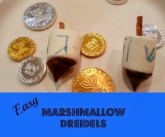 How to Make Marshmallow Dreidels