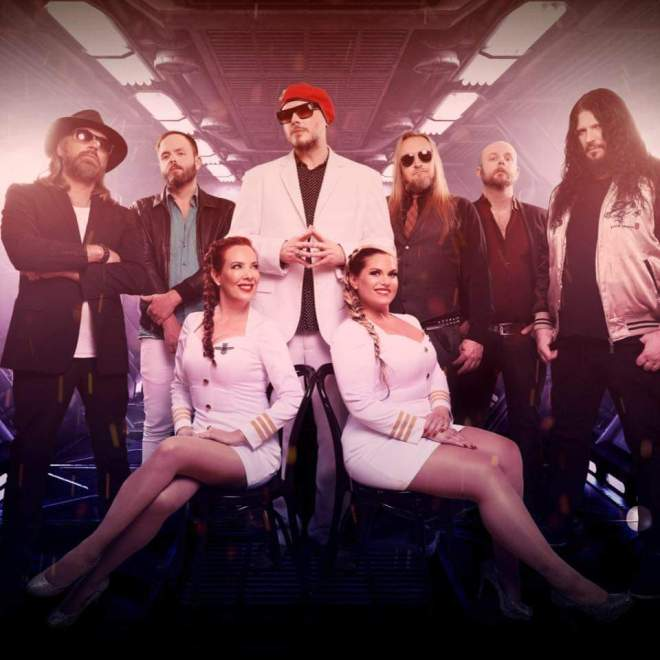 """Ny Video: The Night Flight Orchestra – """"West Ruth Ave""""."""