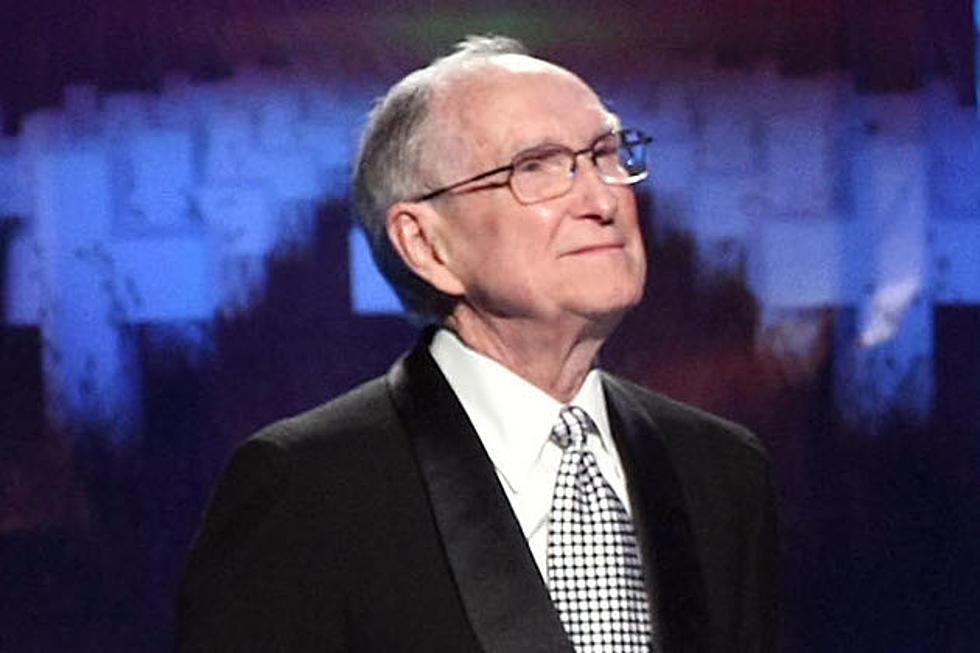 Ray Burton har avlidit i en ålder av 94 år.