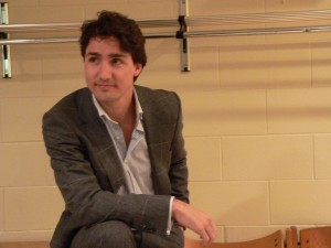 Justin Trudeau backstage with media prior to his talk at the University of Waterloo in March 2006