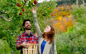 Local boyfriends gear up to go apple-picking, pumpkin-carving, other fall shit
