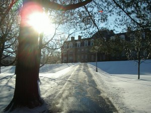 UNB now letting students make final call on snow days