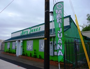 PEI cops try to nab dealers by posting fake pot store job ad