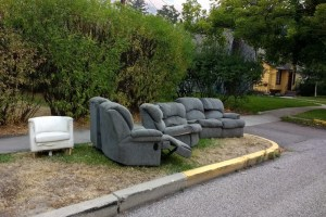 As furniture prices spike, experts recommend sourcing new couch from Graham Avenue curbside