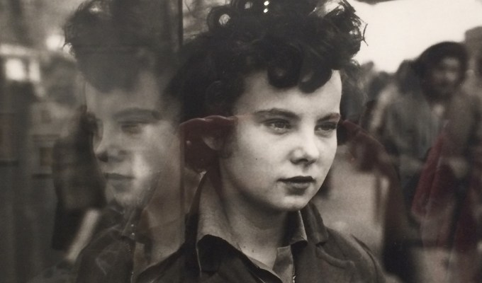 Review: Saul Leiter: Retrospective @ The Photographer's Gallery, London