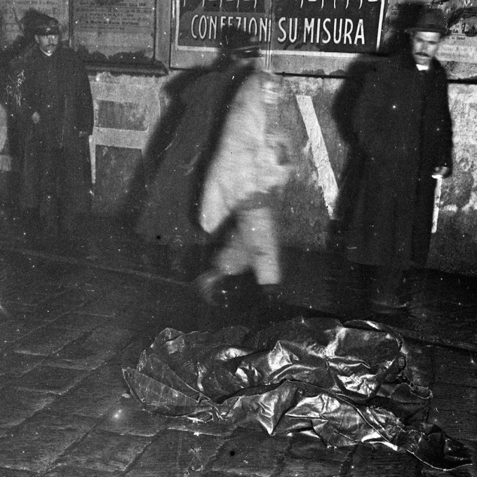 photos-italian-crime-scenes-early-20th-century-876-body-image-1459338766-size_1000