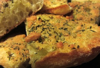 Déjà Garlic Bread