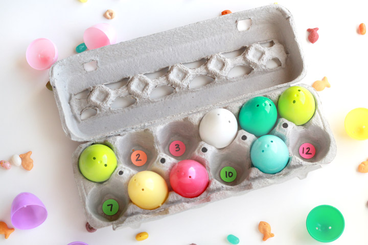 Looking for a fun Easter-themed learning activity for your preschooler? Encourage your preschooler to practice number identification and counting skills using this twist on a traditional Easter egg hunt your child will love!