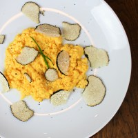 Simple Scrambled Eggs with Fresh Truffle
