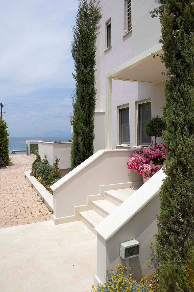 Coral_Villa_Marble_Resort (8)