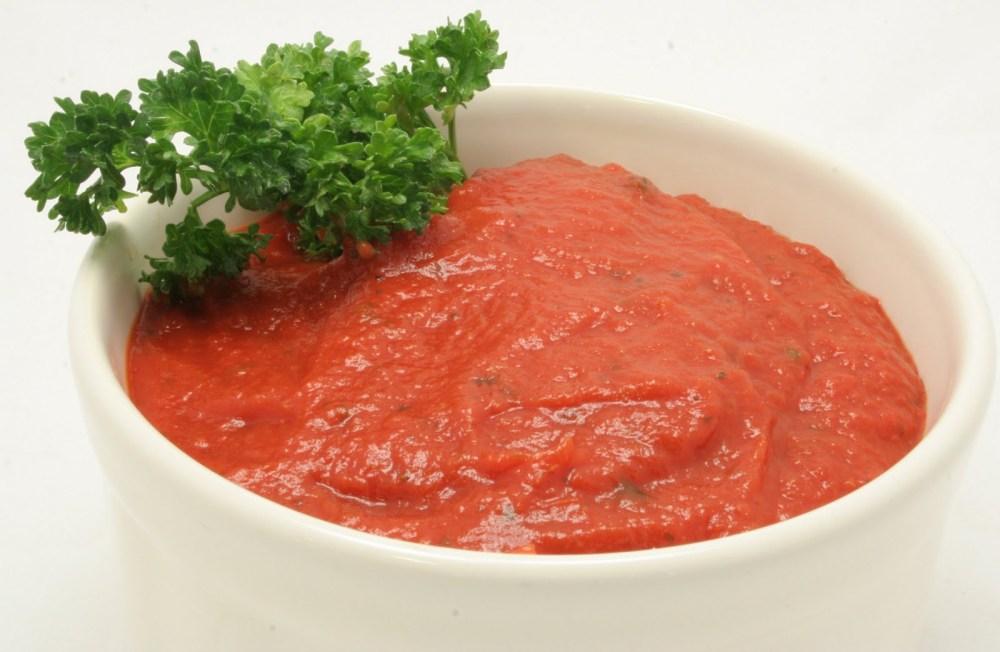 Fresh, Homemade Tomato Sauce (2/2)