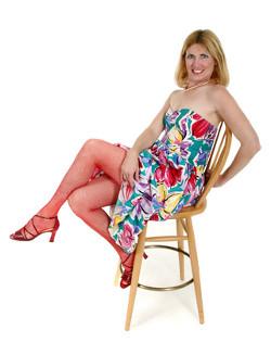 Using a stool © Ken Hurst | Dreamstime.com