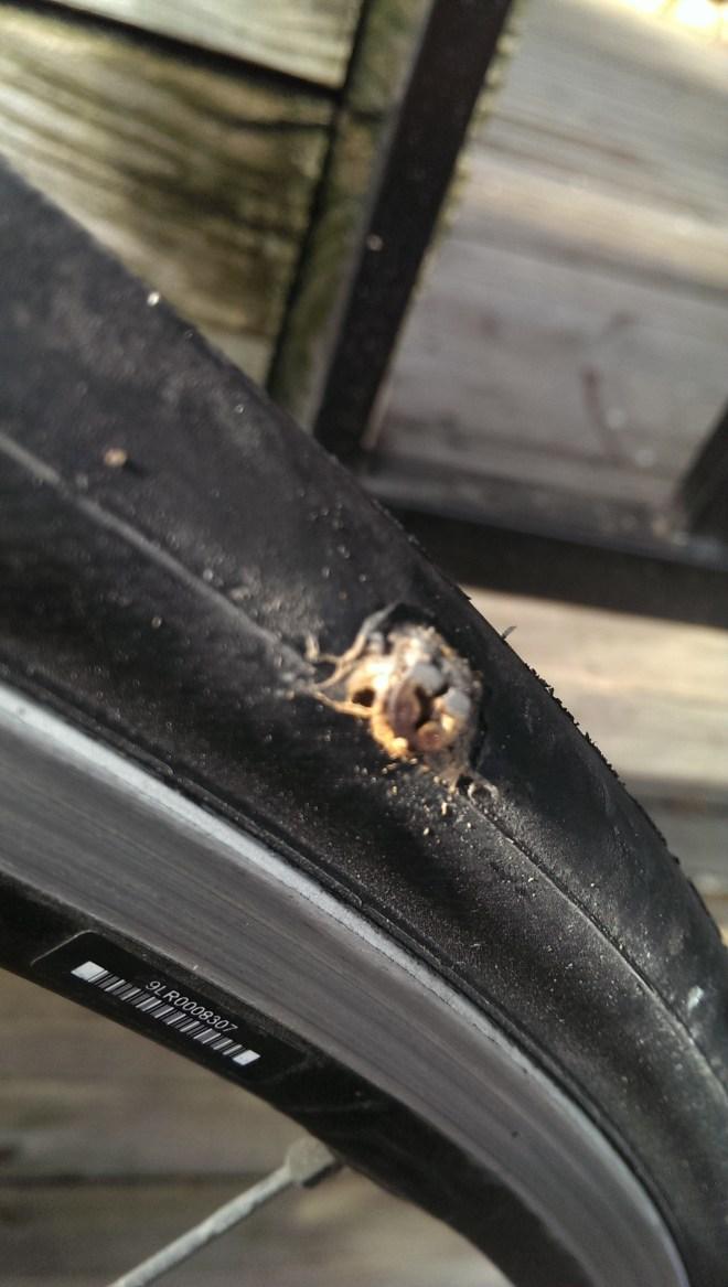 5Road tubeless screw