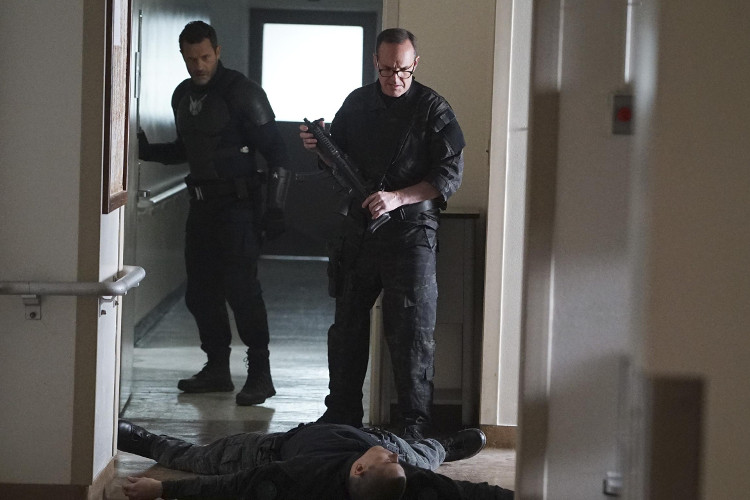 "Agents of SHIELD 4.18 Review: ""No Regrets"""