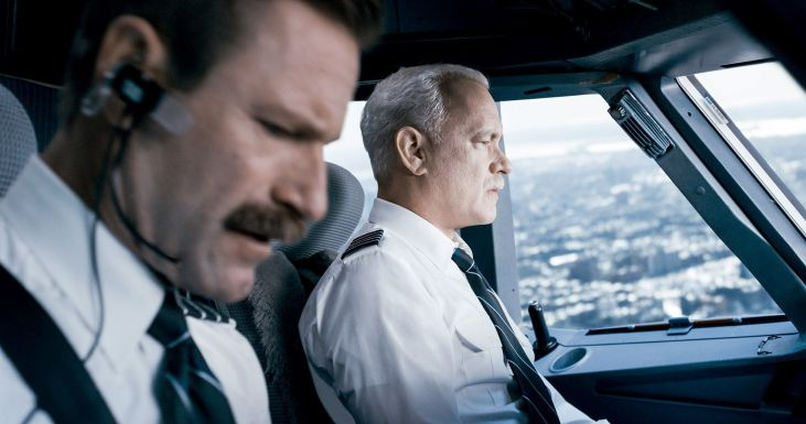 """(L-r) Aaron Eckhart as Jeff Skiles and Tom Hanks as Chesley """"Sully"""" Sullenberger in """"Sully."""" MUST CREDIT: Warner Bros. Pictures"""